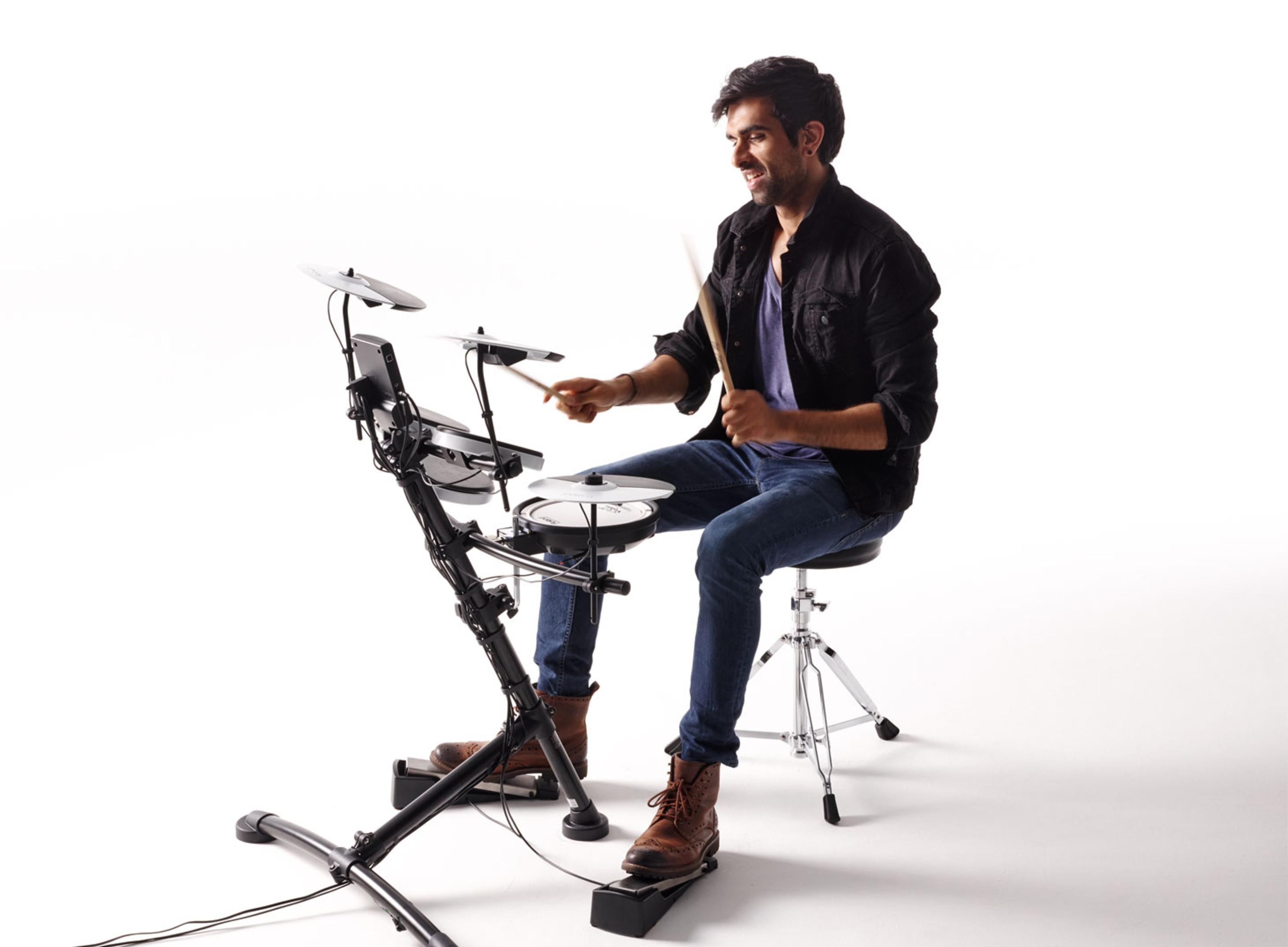 10 Best Electronic Drum Sets (Must Read Reviews) For