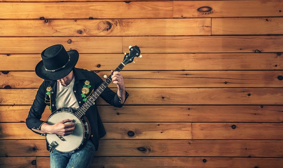 Top 8 Banjos For Beginners | Reviews & Advice For August 2019